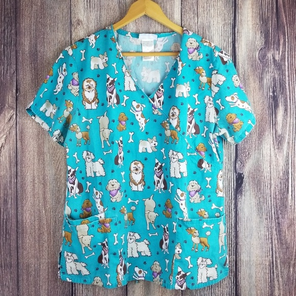 5391e572309 Cute animal scrub top size LARGE. M_5b715f1dc6177717674ab4ef